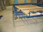 Vartomas stalas Nr.1 su prispaudėjais skirtas nestandartinių plokščių gamybai